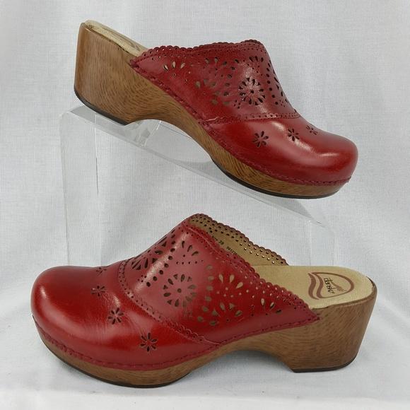 mizuno shoes size 39 dansko